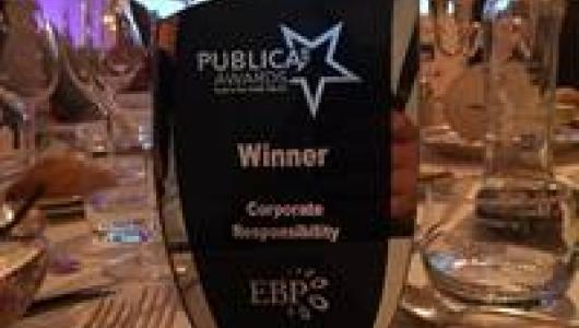 de Publica Award