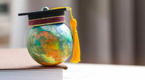 beeld Inaugural speech Chair in Management Education for Sustainability
