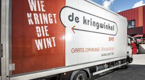vrachtwagen van kringwinkel SPIT