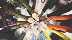 medewerkers in een cirkel