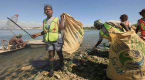 ocean bound plastic verzamelen